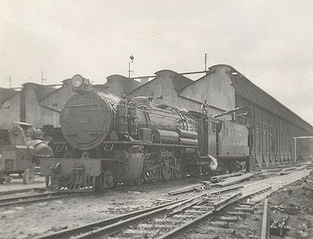 The 28 Class were the largest non-articulated locomotives on the system. Here 2804 Kilifi is prepared for service at Nairobi Shed. Built by Messrs R Stevenson in 1928, they were originally designated